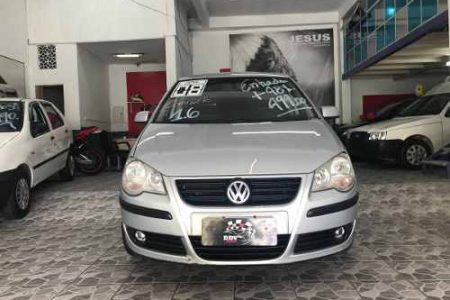 volkswagen-polo-sedan-16-total-flex-4p-D_NQ_NP_975525-MLB26464992216_112017-O