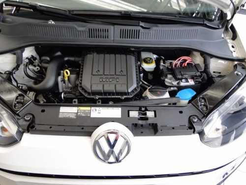 volkswagen-up-cross-10l-mpi-total-flex-D_NQ_NP_630297-MLB26497503101_122017-O