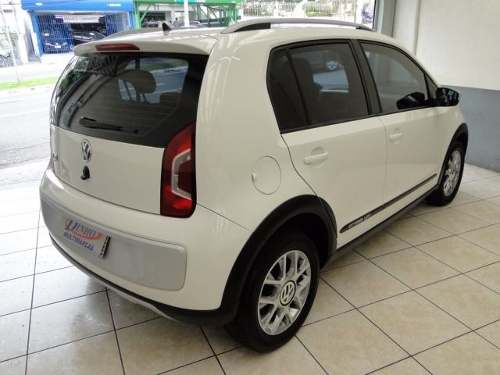 volkswagen-up-cross-10l-mpi-total-flex-D_NQ_NP_804137-MLB26497501218_122017-O