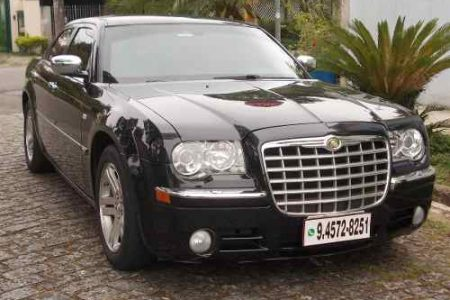 chrysler-300c-2006-blindado-57-D_NQ_NP_609923-MLB26444811898_112017-O