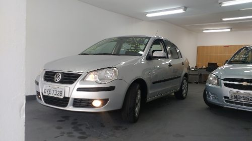 volkswagen-polo-sedan-D_NQ_NP_885047-MLB26556791187_122017-O