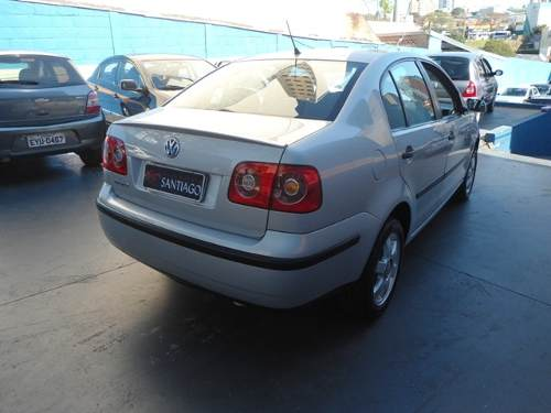 volkswagen-polo-sedan-16-vht-total-flex-4p-D_NQ_NP_869064-MLB25916668692_082017-O