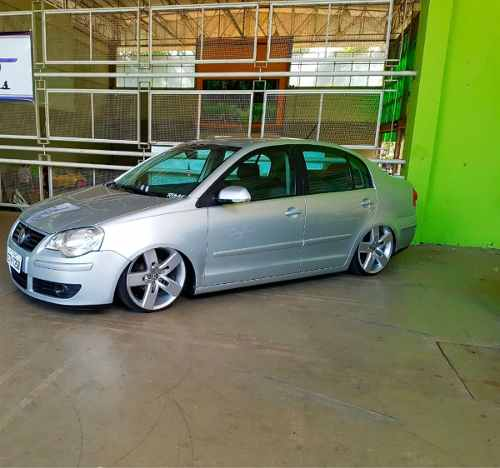polo-sedan-volkswagen-D_NQ_NP_923842-MLB26699975494_012018-O