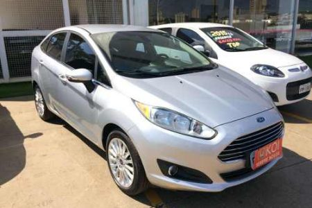 ford-fiesta-sedan-16-16v-titanium-flex-powershift-4p-D_NQ_NP_866282-MLB26397740248_112017-O