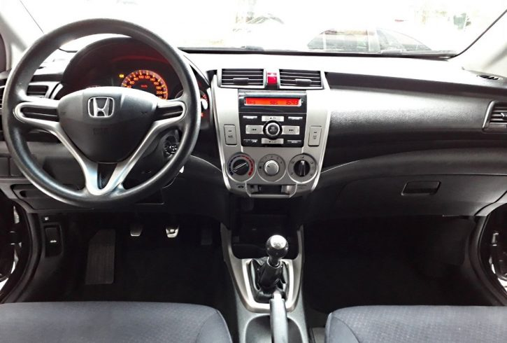 honda-city-15-lx-flex-4p-financiamos-sem-entrada-4